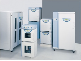 Drying ovens with natural convection